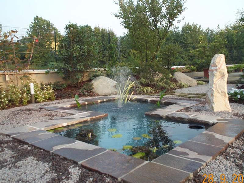 Giochi d 39 acqua nel giardino arredo giardino e design - Giardino d acqua ...